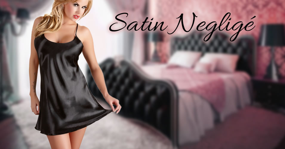 Satin Negligé i Sort