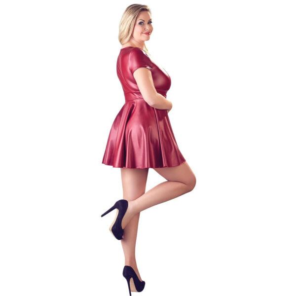 Plus Size Kjole i Rød Wetlook med Bælte